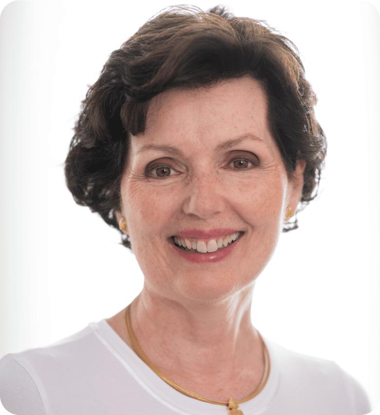 Dr Andrea Dornaus 2-min
